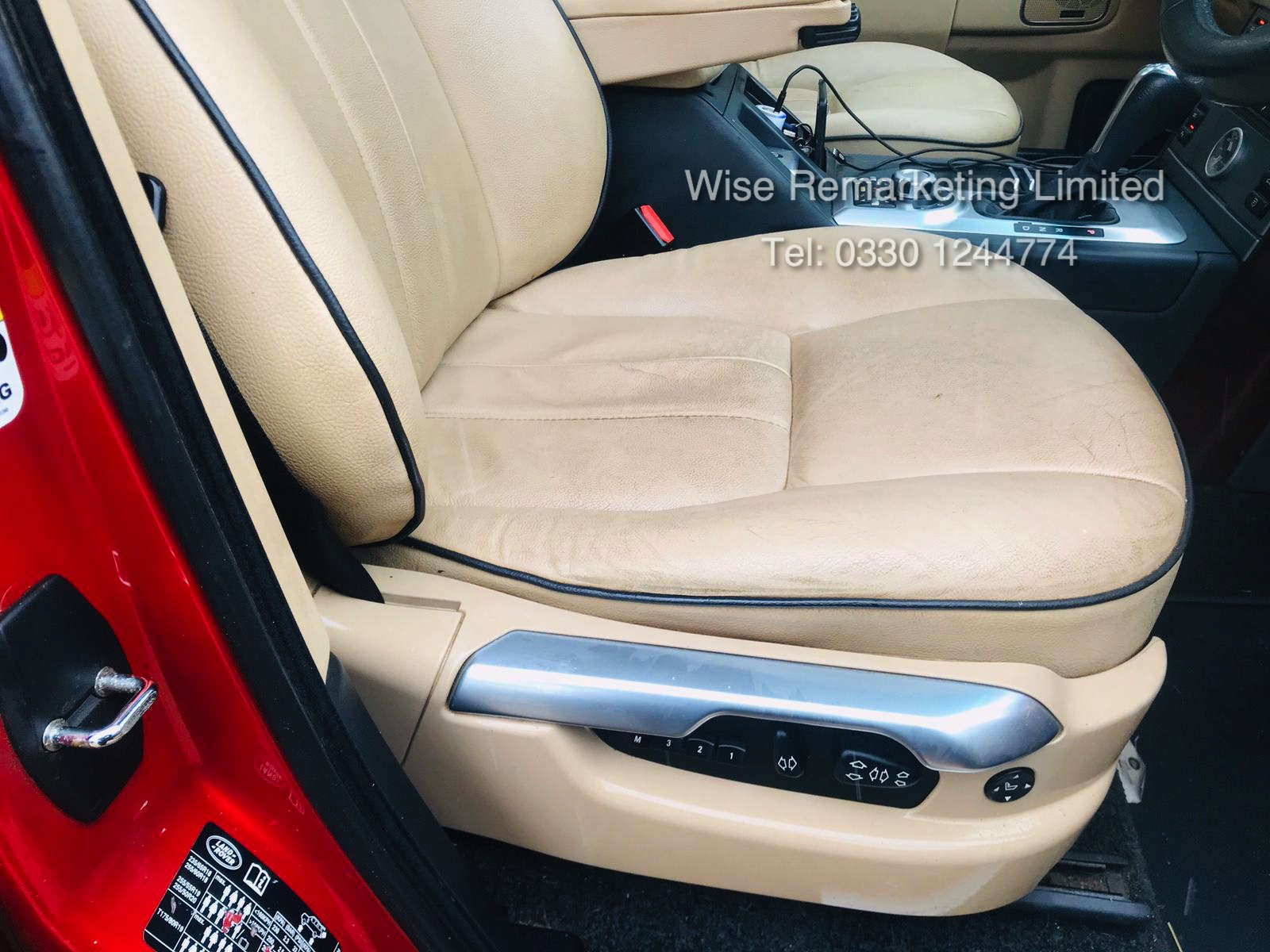 Range Rover Vogue 3.6 TDV8 HSE Auto - 2010 Model - Cream Leather - Service History - - Image 13 of 28