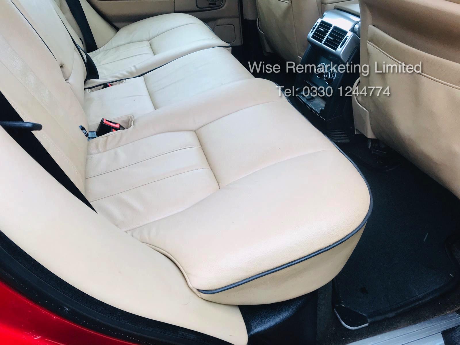 Range Rover Vogue 3.6 TDV8 HSE Auto - 2010 Model - Cream Leather - Service History - - Image 12 of 28