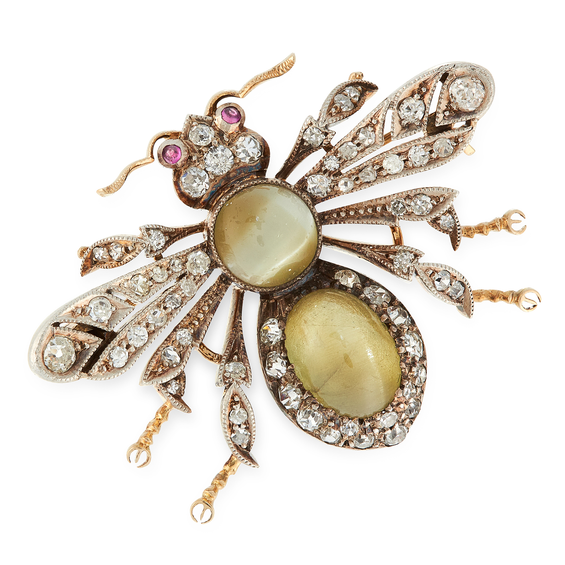 AN ANTIQUE CATS EYE CHRYSOBERYL, DIAMOND AND RUBY BEE BROOCH, 19TH CENTURY in yellow gold and