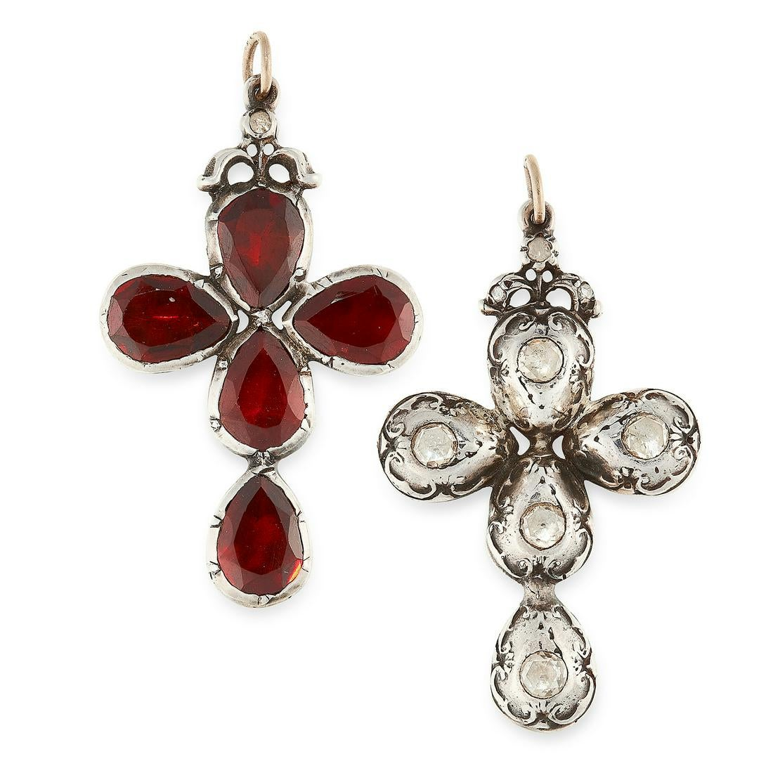 AN ANTIQUE DIAMOND AND GARNET CROSS PENDANT, 18TH OR 19TH CENTURY in silver, formed as a cross,