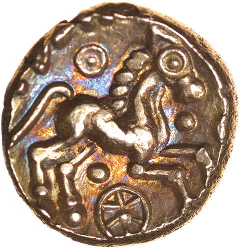 Lot 25 - Addedomaros Crescent Cross. Sills class 2, dies 21/31. c.45-25 BC. Celtic gold stater. 17mm. 5.67g.