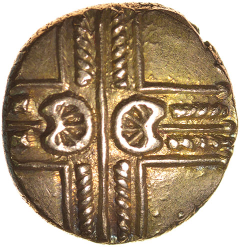 Addedomaros Crescent Cross. Sills class 2, dies 21/31. c.45-25 BC. Celtic gold stater. 17mm. 5.67g.