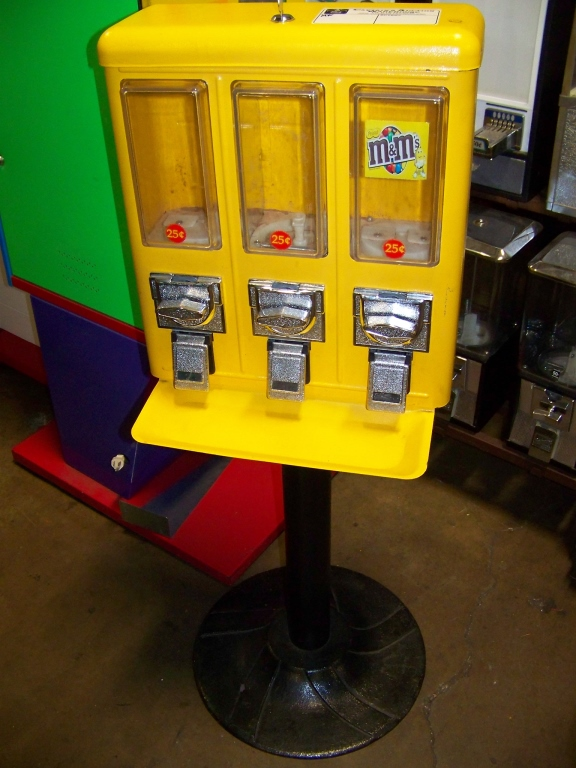 Lot 57 - 3 SELECT CANDY VENDING STAND YELLOW