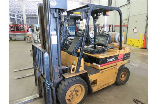 DAEWOO 6,000 LB. LP FORKLIFT MODEL G30S-2, S/N 12-05407, WITH SOLID