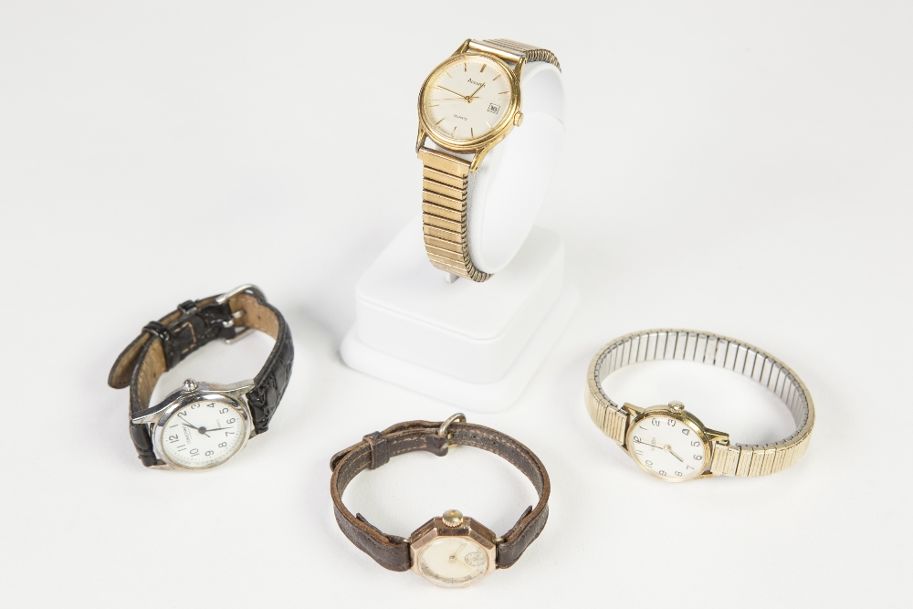 Lot 25 - LADY'S 9ct GOLD WRIST WATCH, with 15 jewels, Swiss movement, small circular silvered Roman dial with