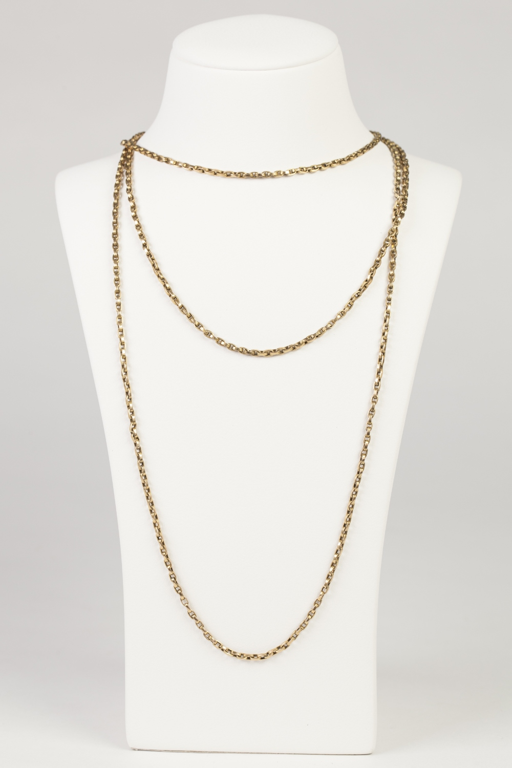 """Lot 54 - VICTORIAN 9ct GOLD LONG GUARD CHAIN with belcher pattern links and clip, 57"""" long, 24gms"""