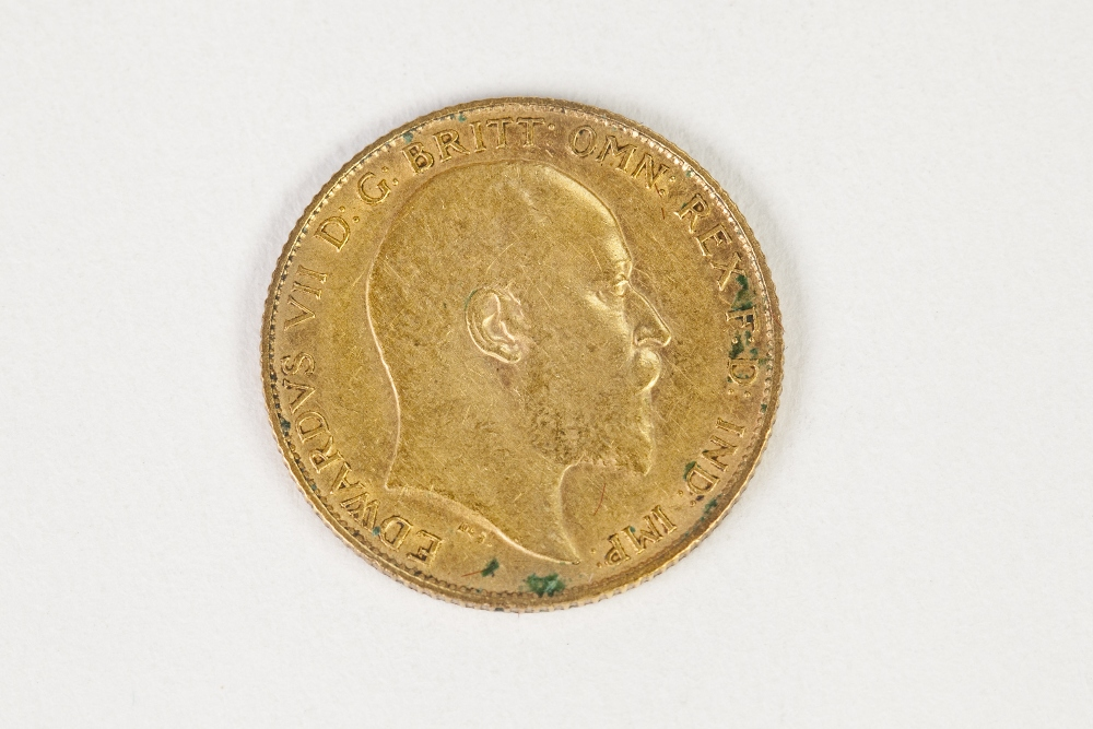 Lot 28 - EDWARD VII GOLD HALF SOVEREIGN 1907