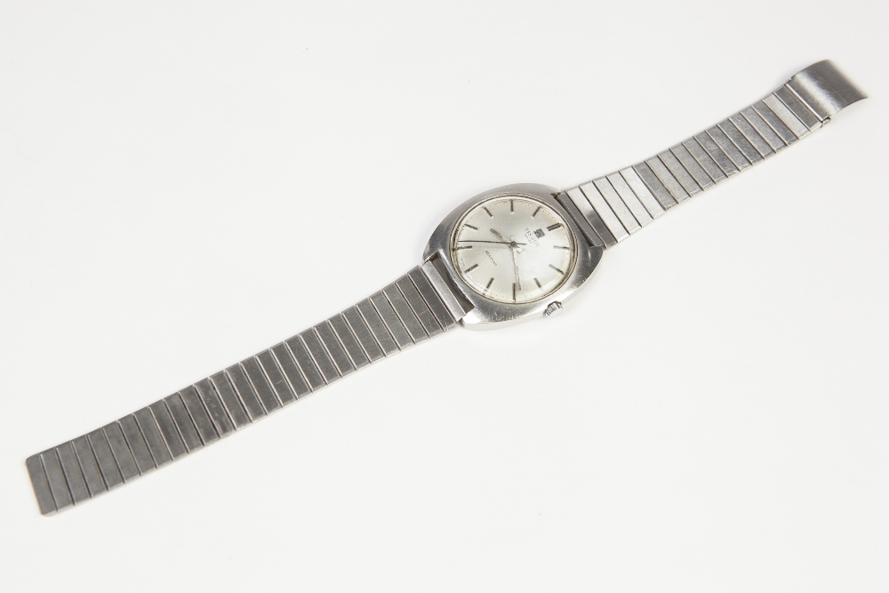 Lot 13 - GENT'S 'TISSOT SEASTAR' ANALOGUE WRISTWATCH the stainless steel round-sided case with circular