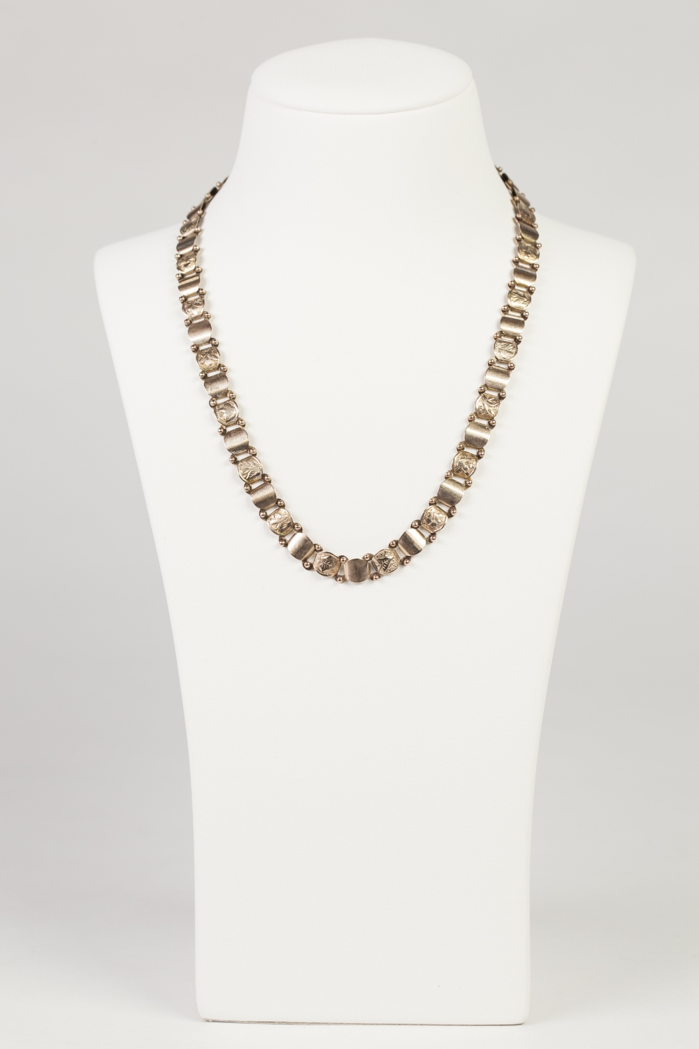 """Lot 53 - VICTORIAN 9ct GOLD NECKLACE, with alternated engraved and plain, small curved panel links, 16"""" long,"""