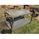 Steel Shop Table on Wheels w/Vise