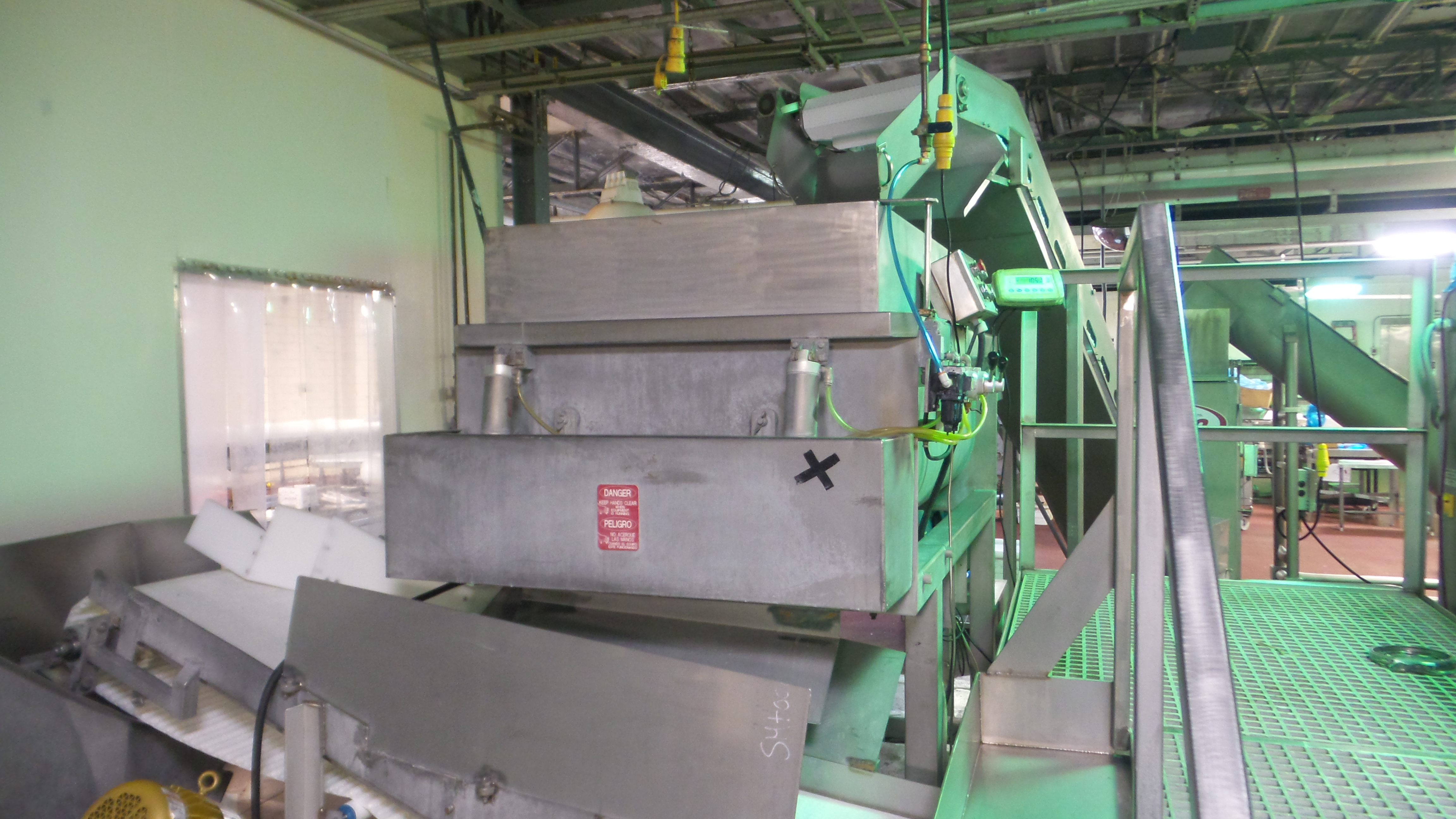 """Lot 33 - Stainless Steel Ribbon Blender, dual shaft, 3' W X 5' L X 21"""" D, 1,000 Lb. capacity, dual front end"""