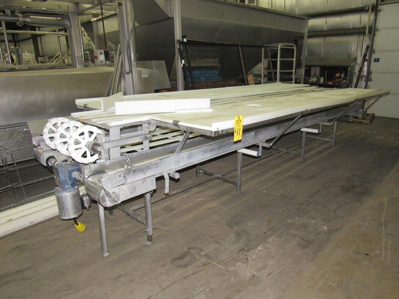 "Lot 41 - Stainless Steel Boning/Trim Conveyor, 78"" W X 17' L, 24"" wide center belt, 8"" wide scrap removal"