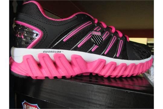 431c4b40a1716 K-Swiss Womens Blade Max Glide Running Trainers In Black/Pink (Uk ...