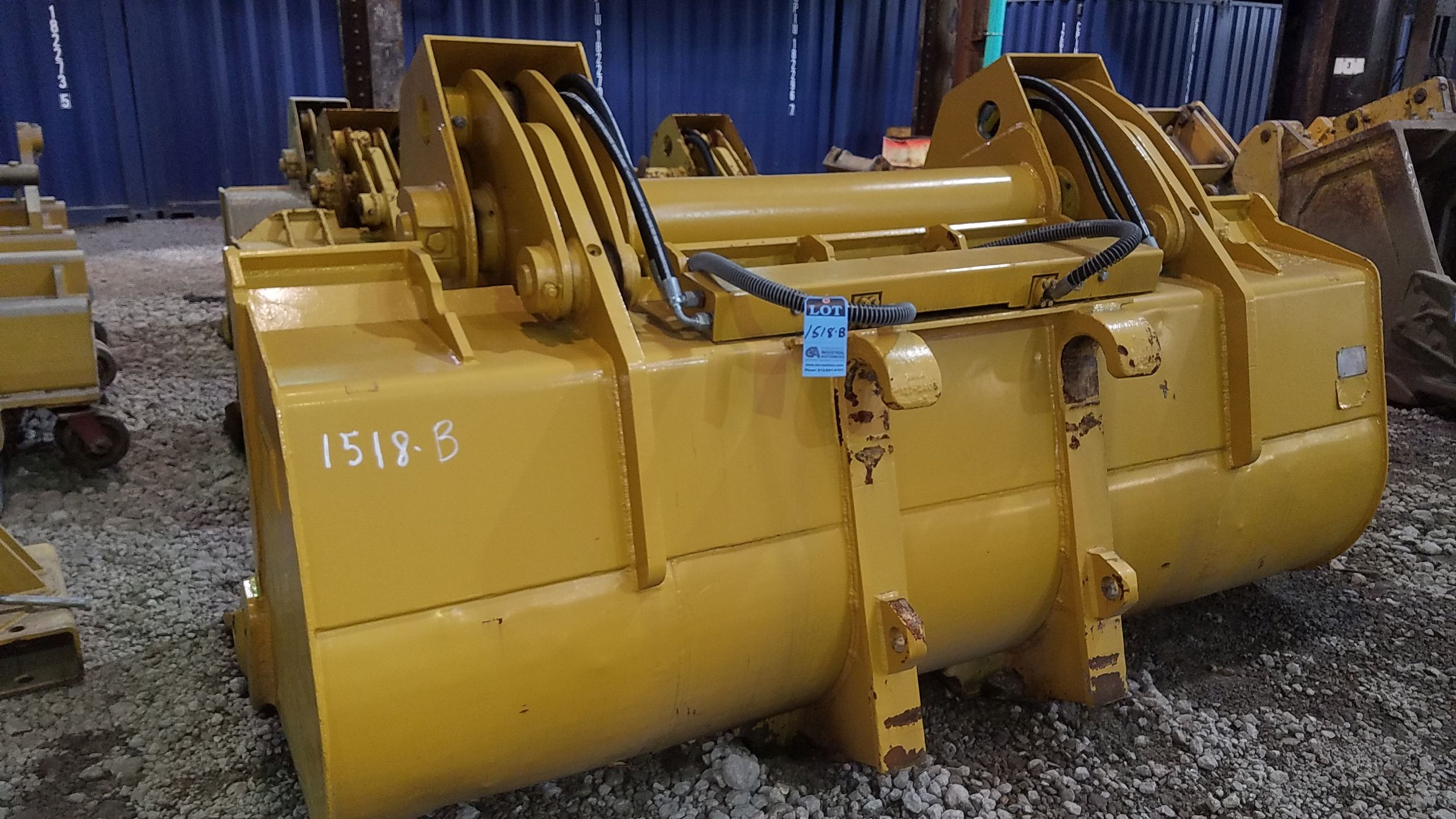 "Lot 1518B - 113"" WIDE 950 LOADER BUCKET WITH CLAM SHELL ATTACHMENT MODEL 17210"