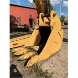 "48"" EXCAVATOR BUCKET WITH BUCKET TEETH"