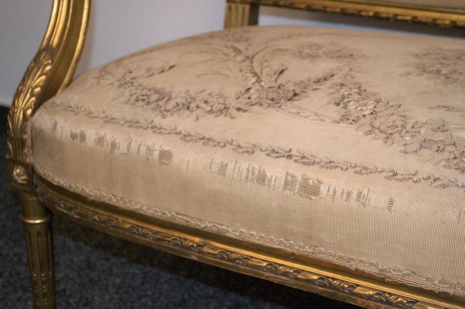 Prachtvolles Kanapee, Louis XVI-Stil, Frankreich um 1890. Zweisitzige, gepolsterte Sitzbank, - Bild 5 aus 12