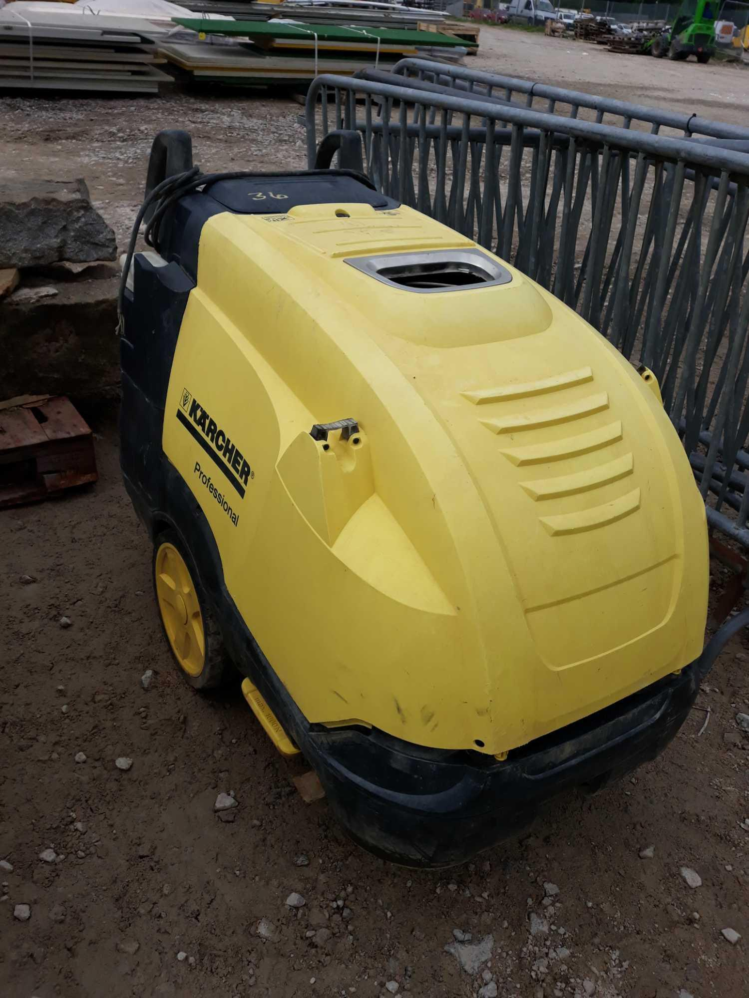 Lot 36 - POWER WASHER