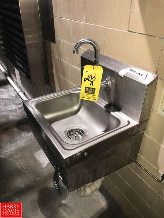 Lot 203A - S/S Wash Sink