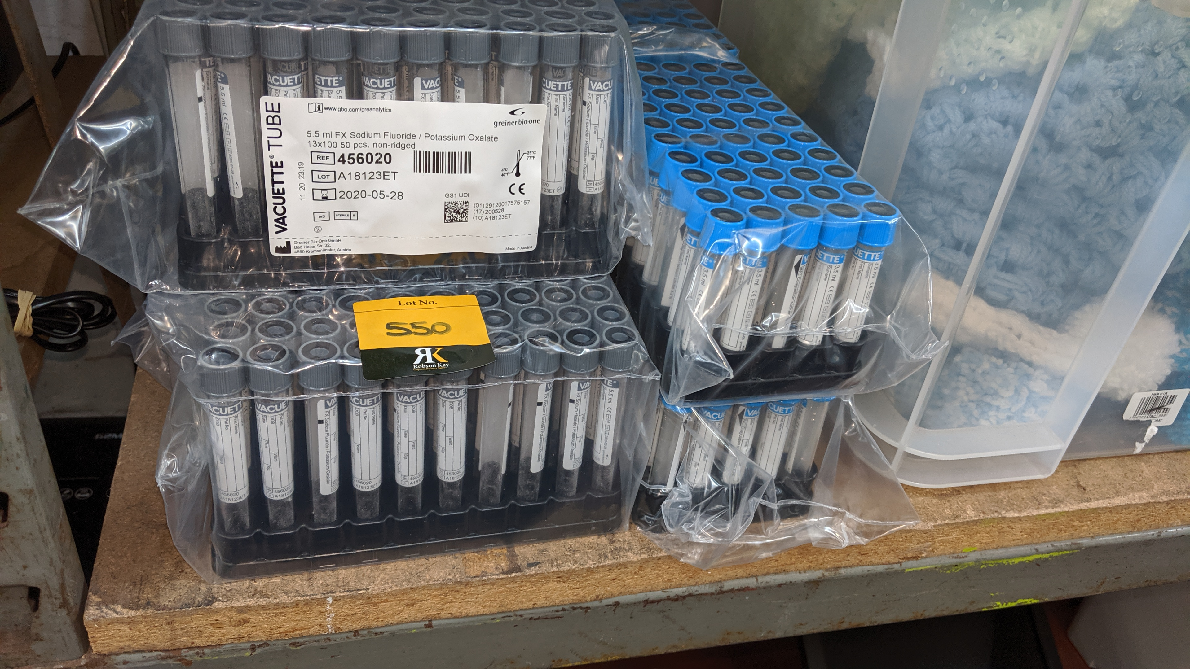 Lot 550 - Quantity of medical sample tubes. This is one of a large number of lots used/owned by One To One (