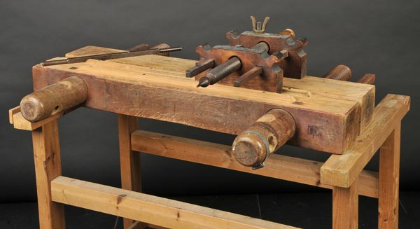 Lot 57 - *Laying press and tub. A beech laying press and tub, with approximately 62cm (24 inches) between