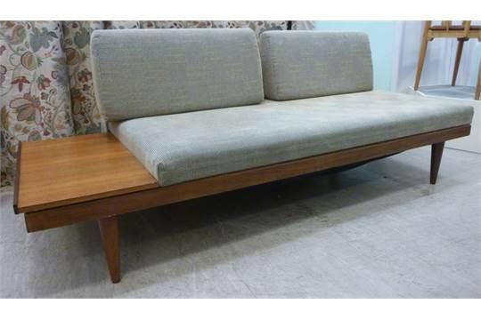 Ekstra A 1960s Ekornes Svane teak and afrormosia framed sofa/daybed JK-42