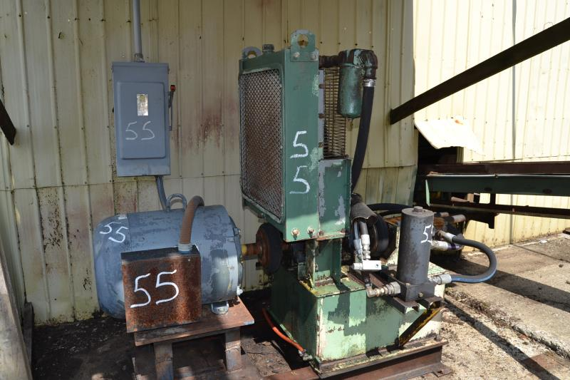 Lot 55 - TYRONE BERRY SMA 220 HYDRAULIC CARRIAGE DRIVE W/ 75HP MOTOR
