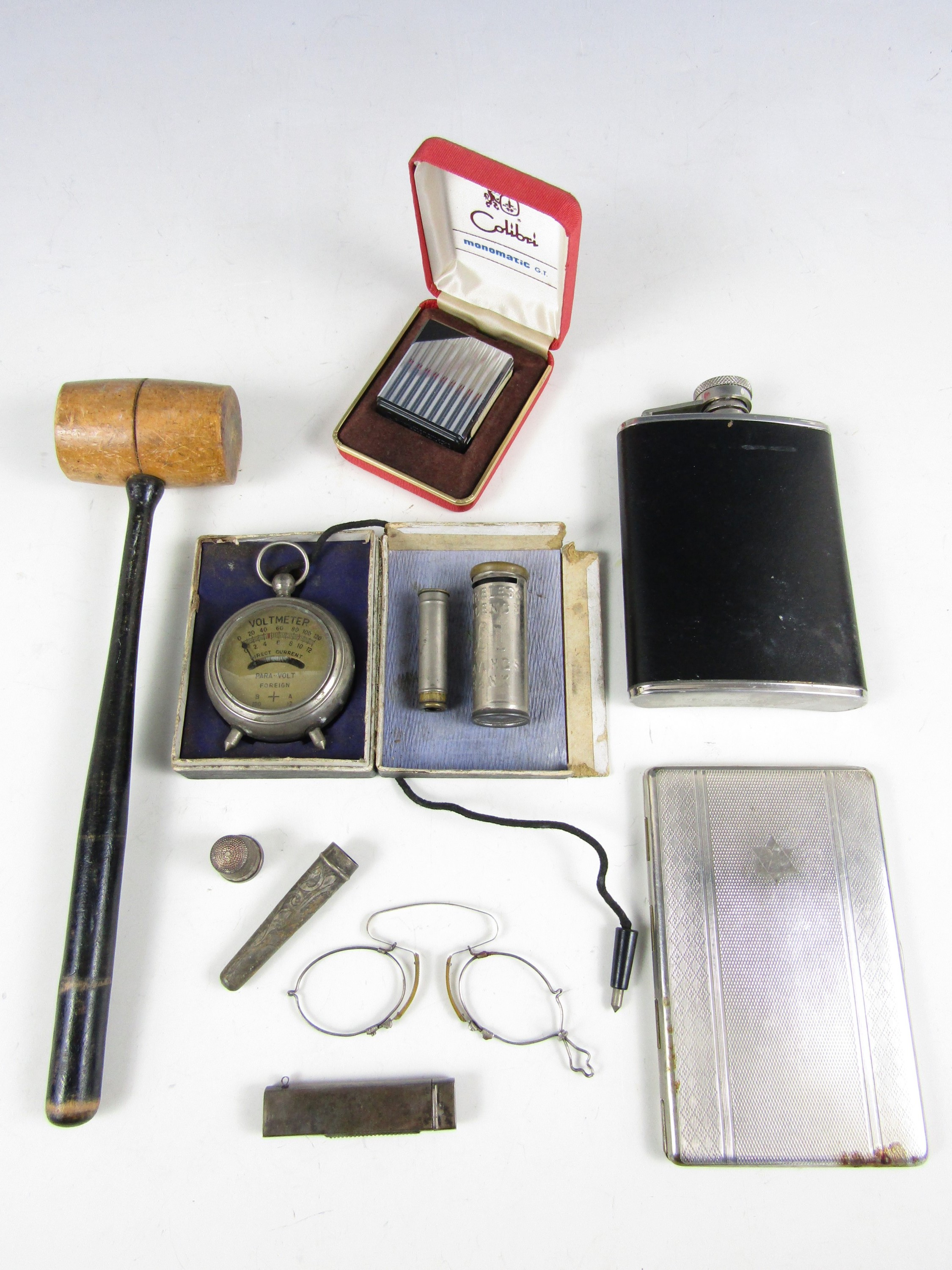 Lot 16 - Sundry collectors' items including a turned wooden gavel, a cased Colibri Monomatic lighter, a