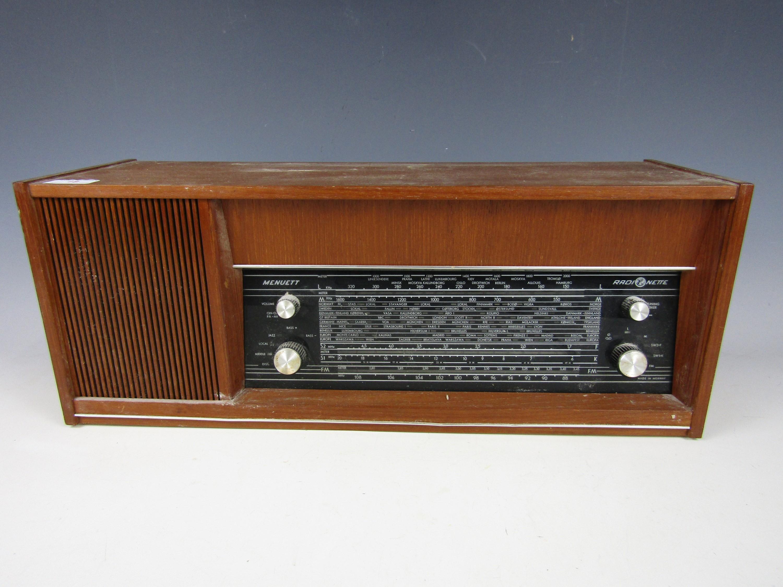 Lot 18 - A vintage Norwegian Menuett radio