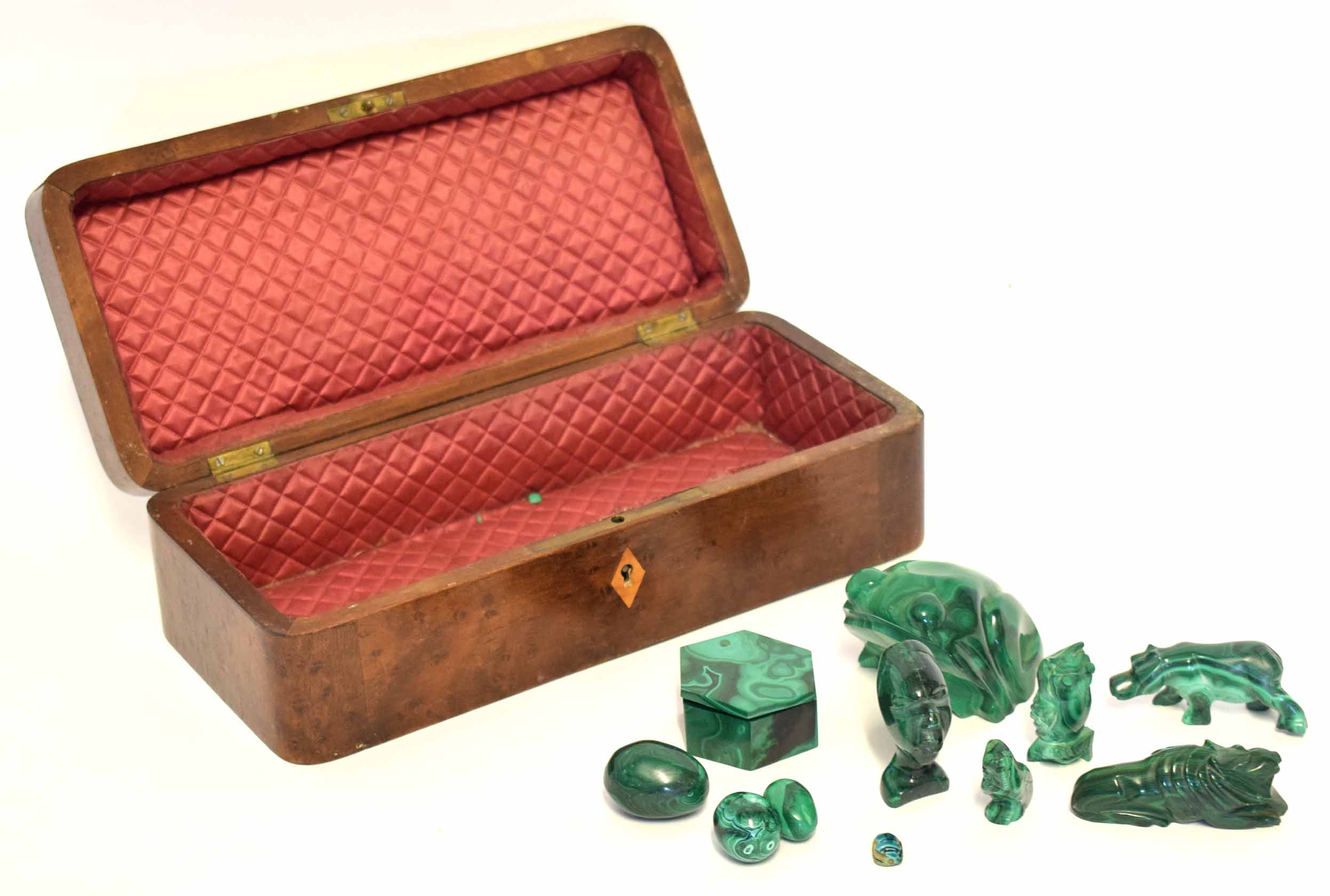 Lot 26 - Lacquered box with a chinoiserie design, together with a further wooden box containing jadeite