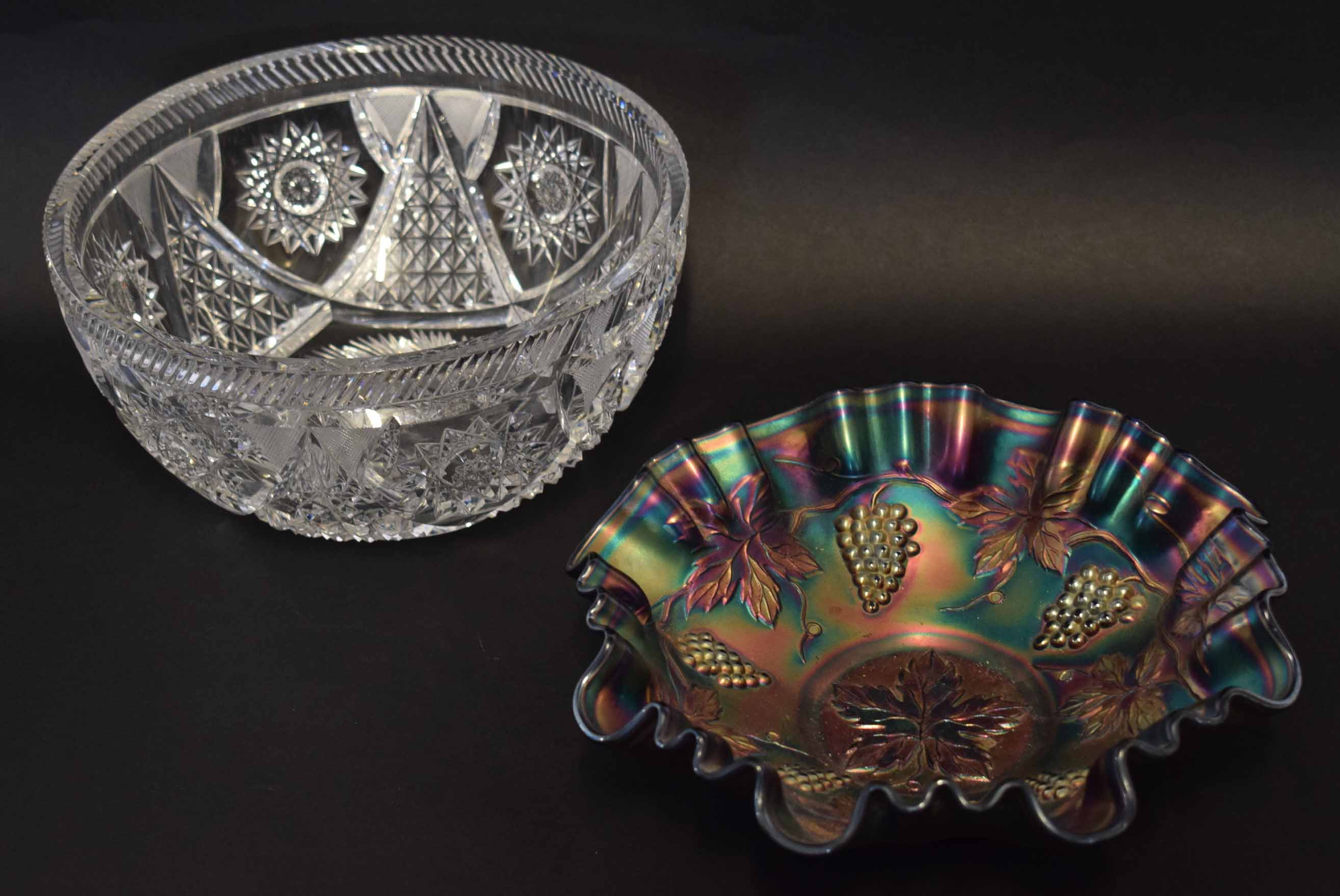 Lot 53 - Carnival glass bowl together with a cut glass bowl with star design, largest 21cm