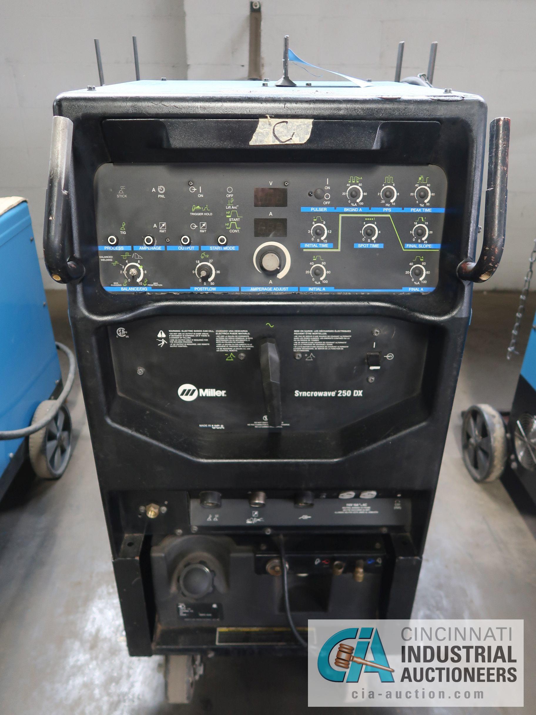 250 AMP MILLER SYNCROWAVE 250DX TIG WELDER; S/N LJ300340L