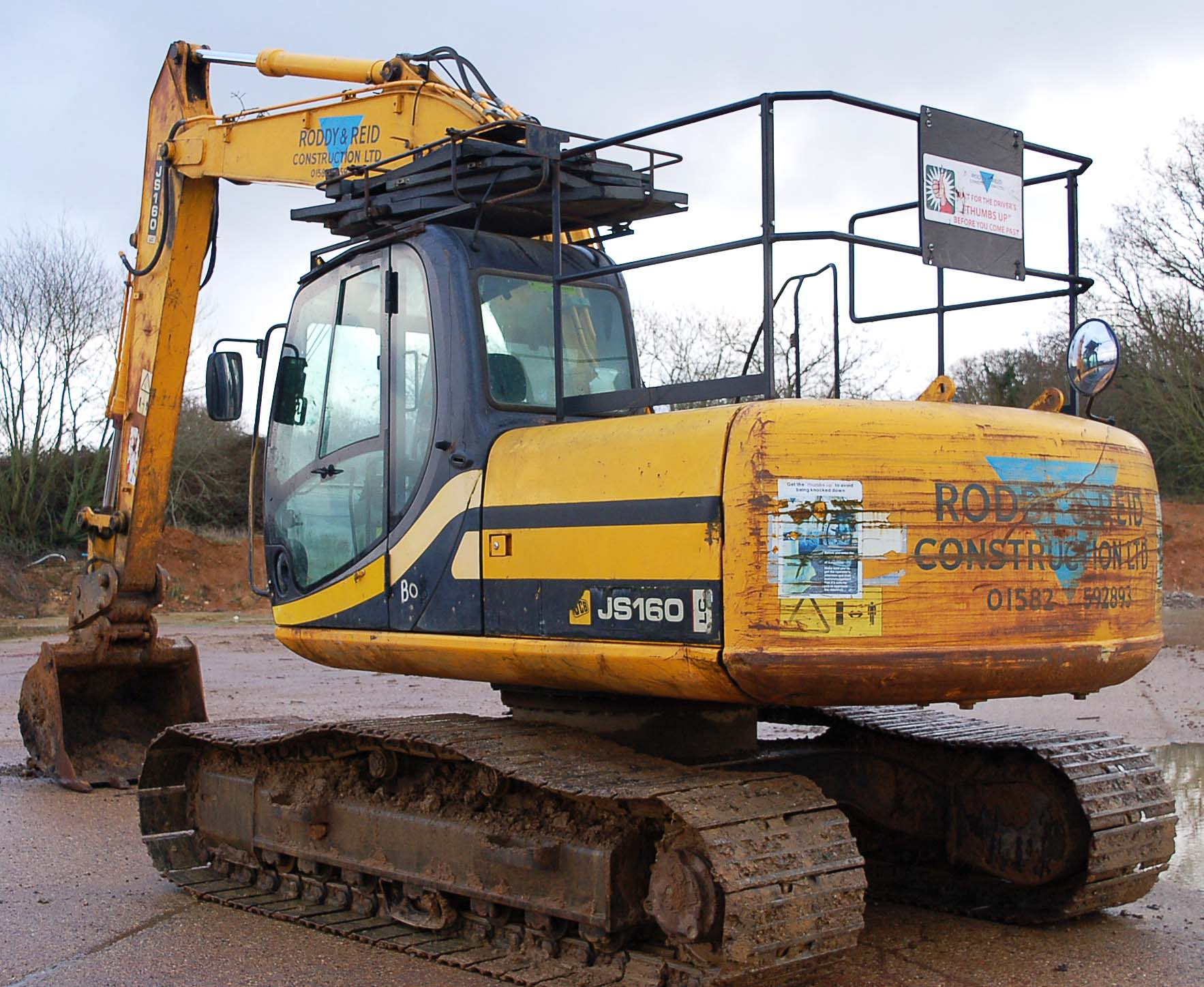 A JCB JS160 LC 16 Tonne 360 Degree Slew Tracked Excavator Serial Number: SLPJ516C6E1059439 (2006) - Image 4 of 9