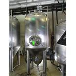 Glacier 14 bbl fermentation tank, serial GTV-1067, MW-SHDLSS-580-480-SS304, 56 in dia x 122 in