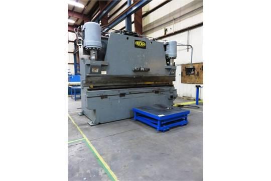 Chicago Dreis & Krump Model 300-FS-10 300 Ton CNC Hydraulic