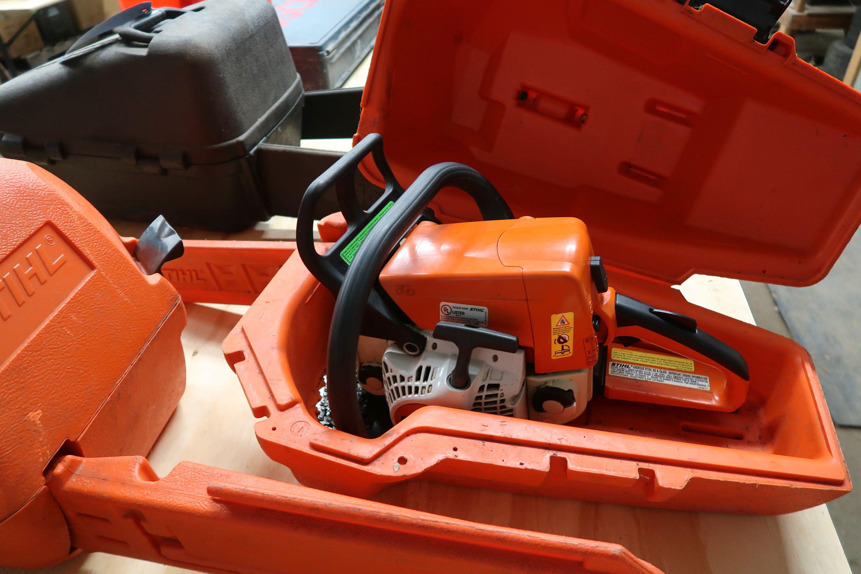 STIHL MS230C GAS POWERED CHAIN SAW