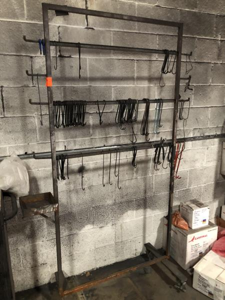Lot 55 - Rolling rack with hooks, 3'