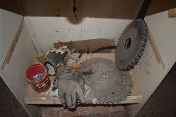 Shelving Unit containing Misc. Saw Parts - Image 4 of 4