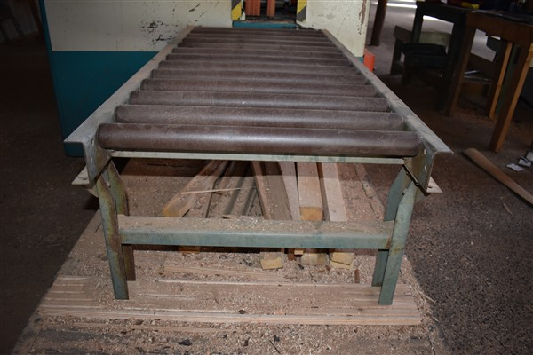 Lot 11 - Outfeed Roller Table