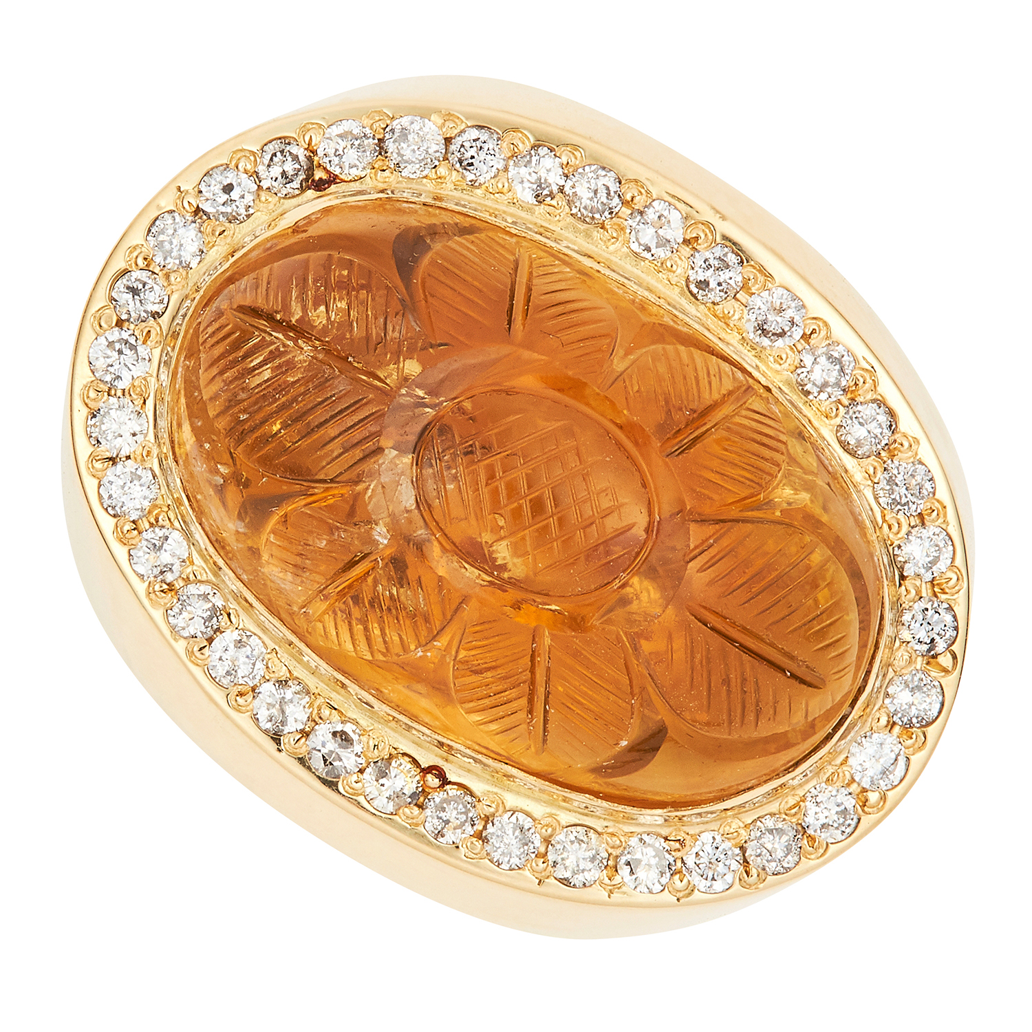 Los 32 - VINTAGE CITRINE AND DIAMOND RING set with an oval citrine cabochon of 13.84 carats and round cut