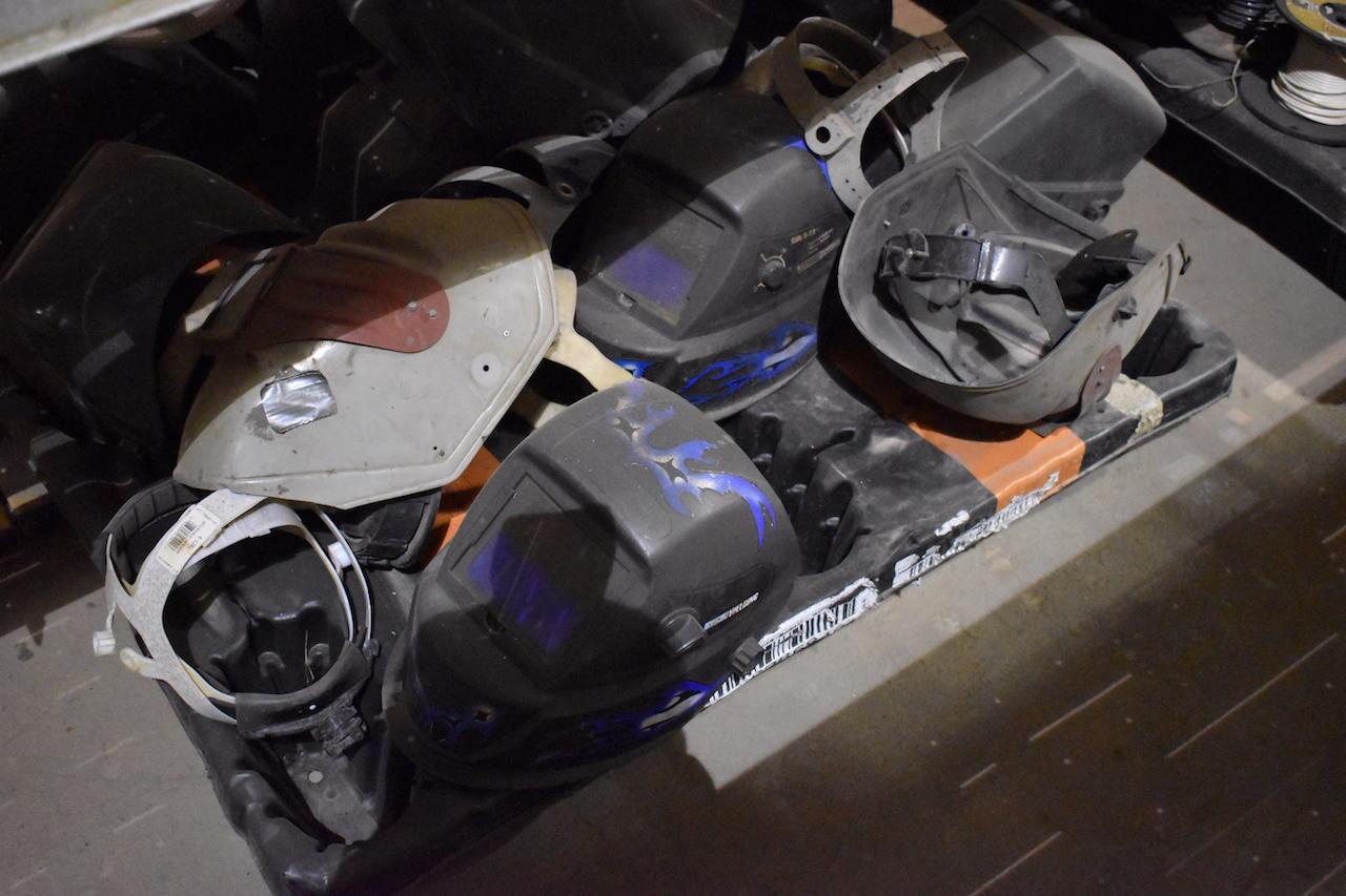 Lot 345 - LOT: Assorted Welding Helmets