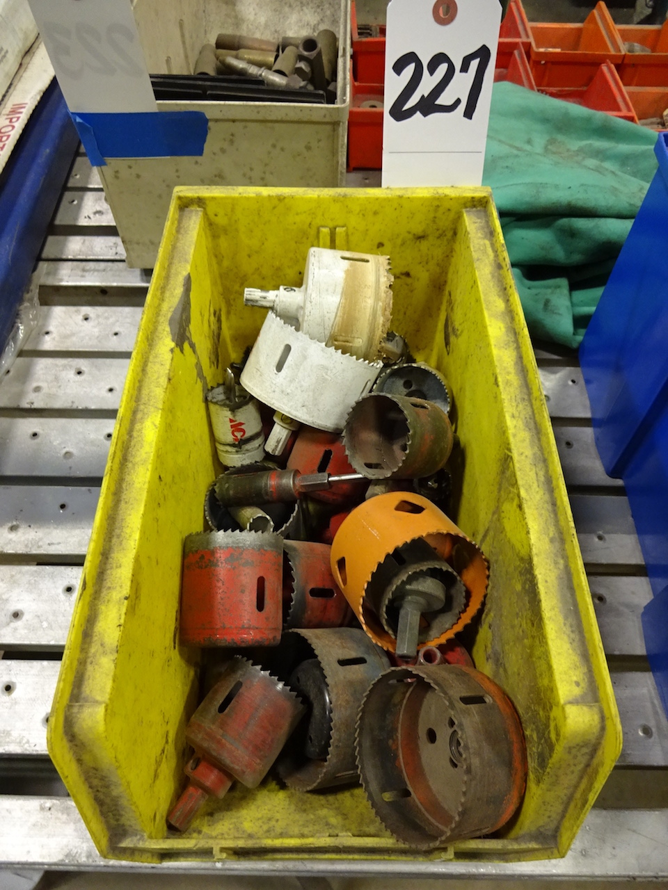 Lot 227 - LOT: Assorted Hole Saws