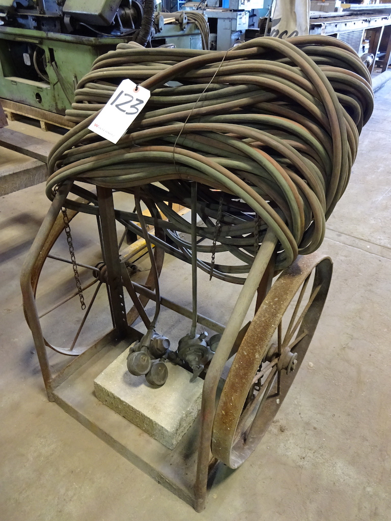 Lot 123 - Welding Cart with Hose & Gauges