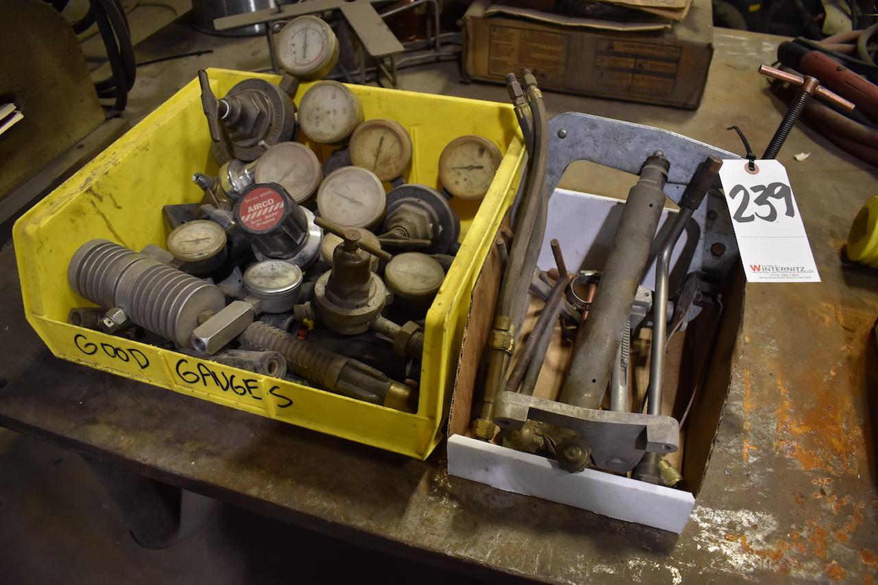 Lot 239 - LOT: Gauges & Torch Accessories