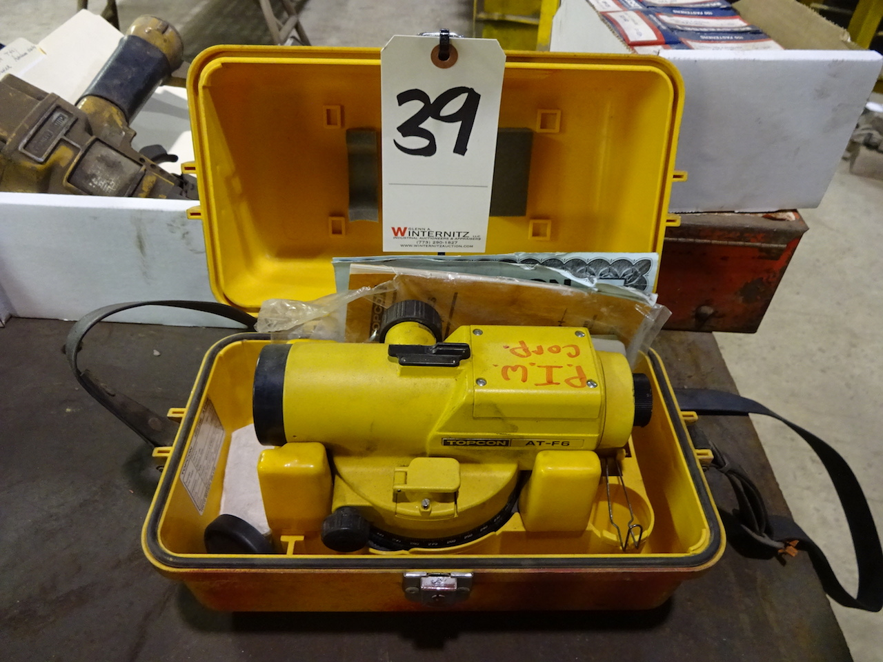 Lot 39 - Topcon Model AT-F6 Auto Level