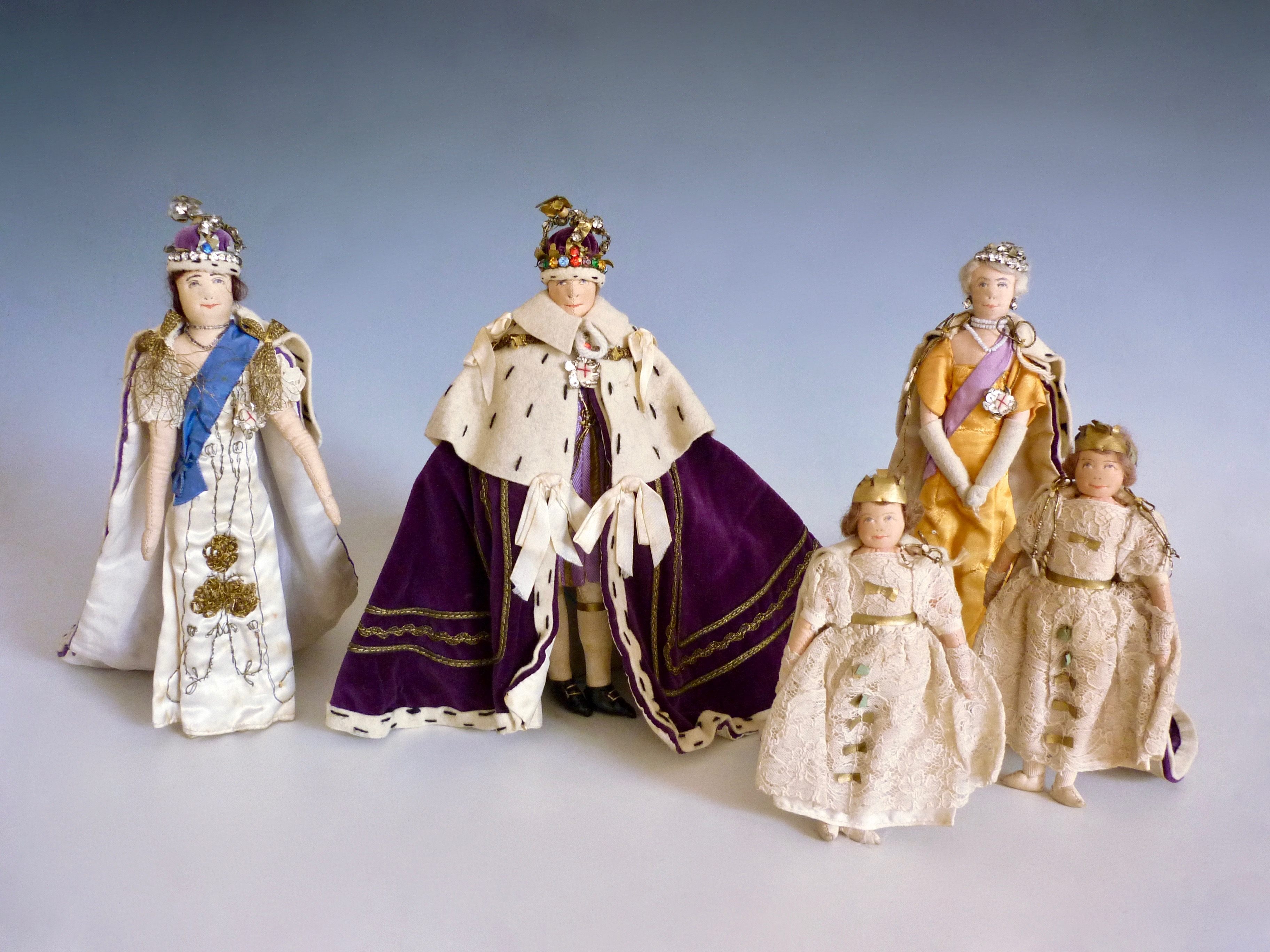 Lot 34 - A 1937 Liberty of London retailed Kimport Doll collection of the British Royal Family at the