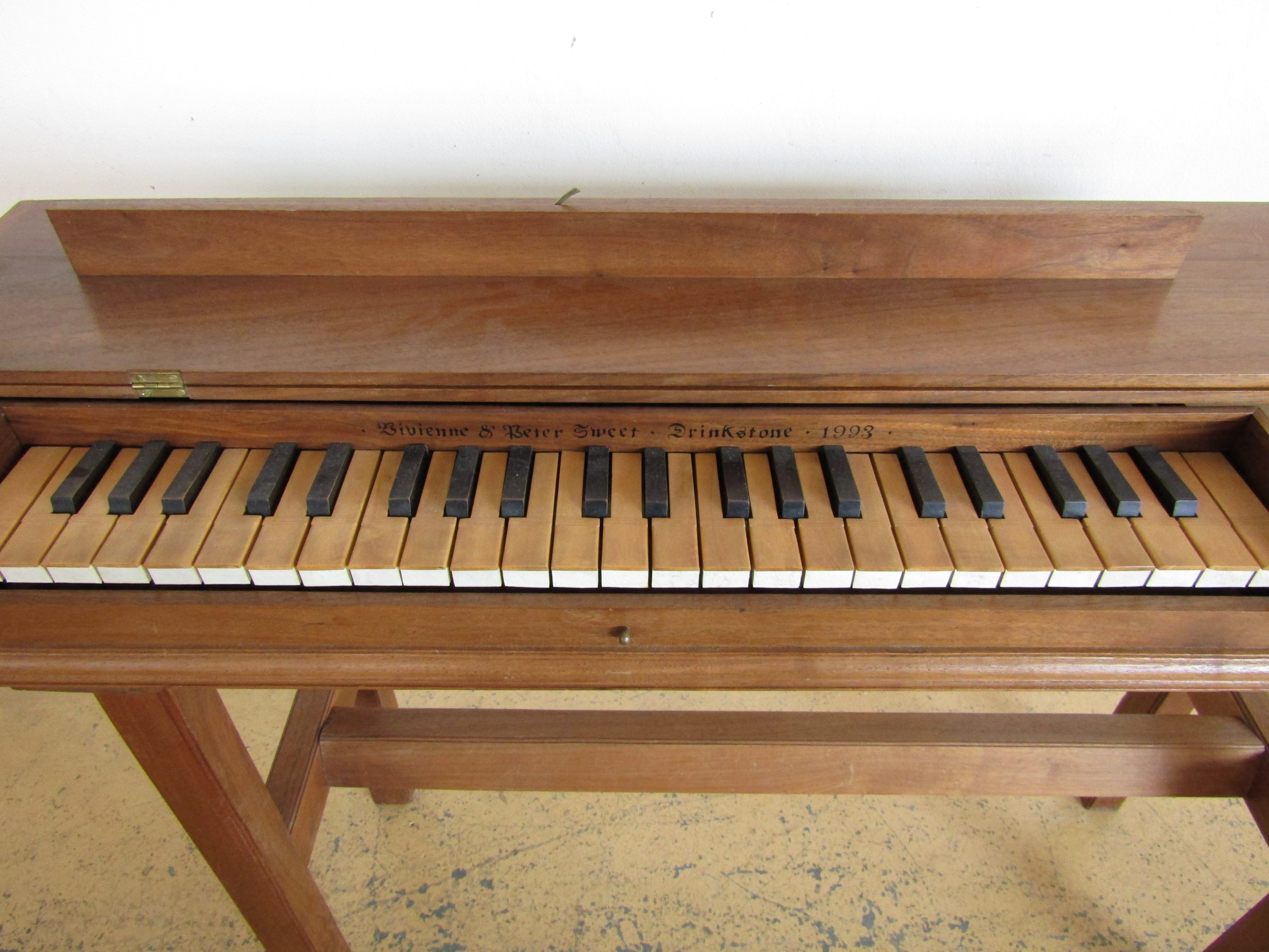 Lot 31 - A clavichord by Viviene and Peter Sweet of Drinkstone, 1993
