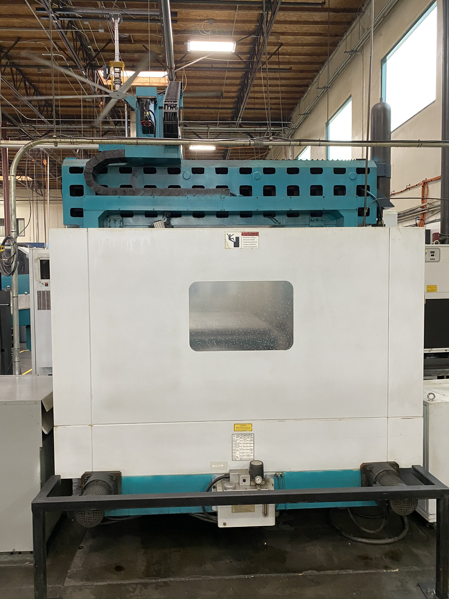 2005 SIGMA CNC DOUBLE COLUMN MACHINING CENTER, MODEL SDV-3219, FANUC 18IMB CNC CONTROL - Image 24 of 31