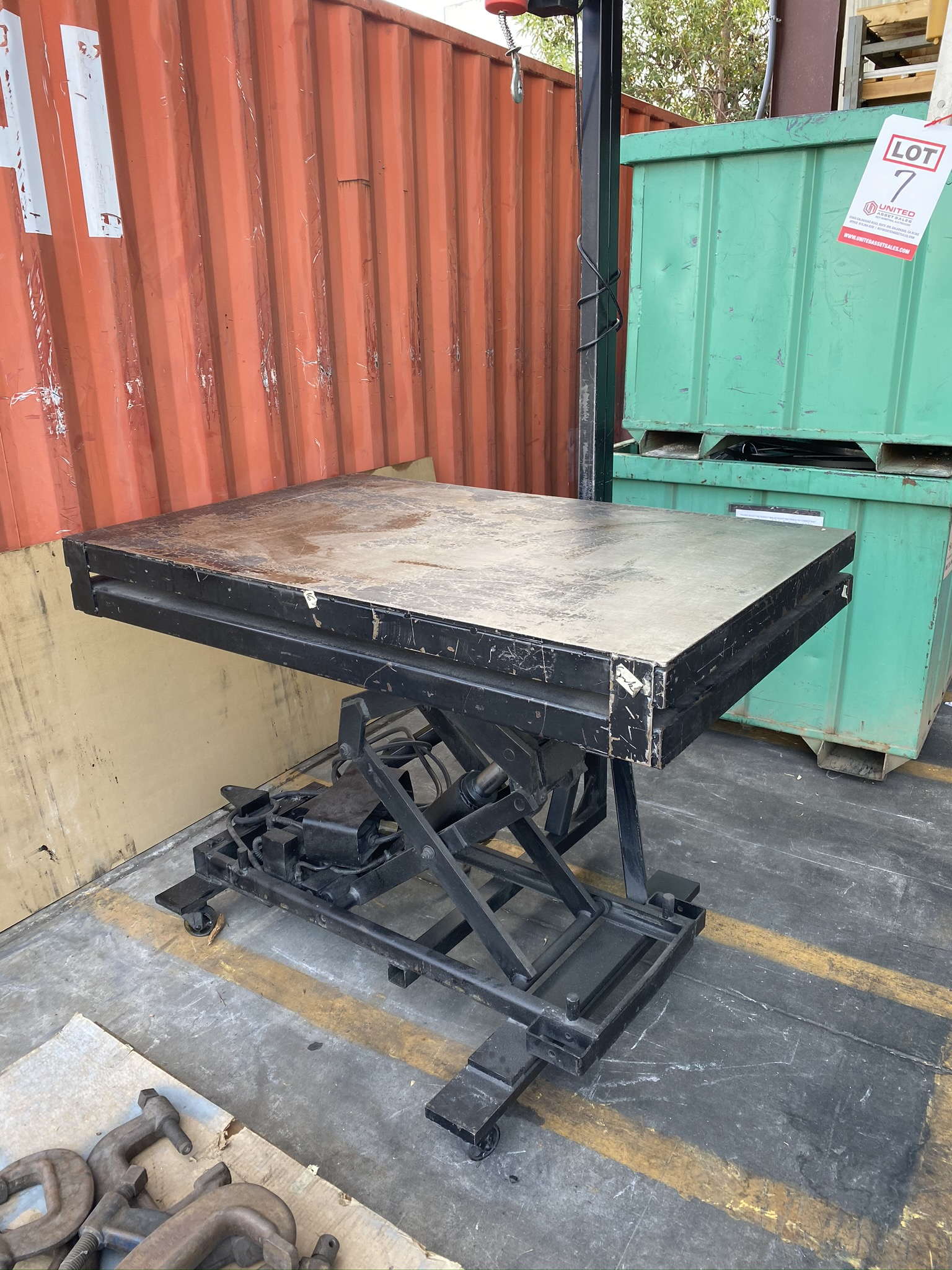 """LIFT TABLE, 36"""" X 54"""", 42.5"""" HIGH, PITTSBURGH 444 LB ELECTRIC HOIST - Image 2 of 3"""