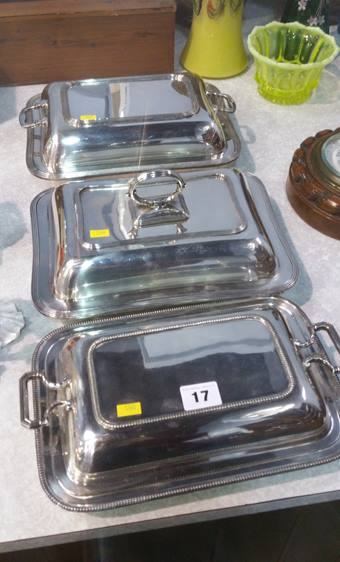 Lot 17 - 3 Silver plated entrée dishes