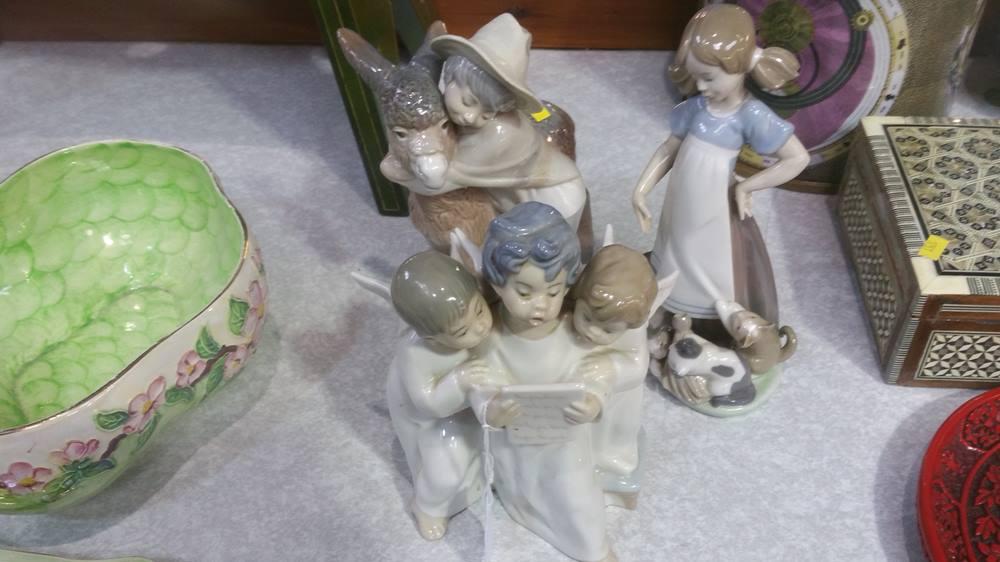 Lot 60 - 3 Lladro figures